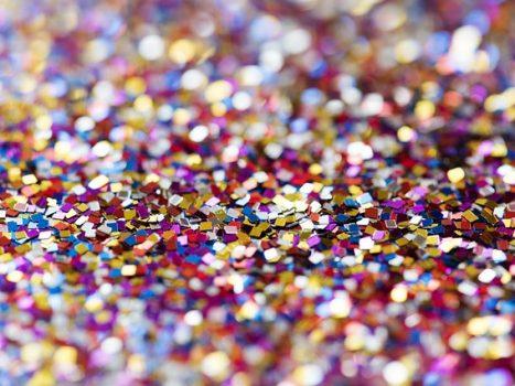 Farvet konfetti